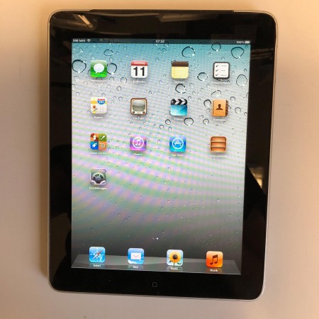Apple iPad 1 16GB - Wi-Fi + Cellular Schwarz A1337 + OVP