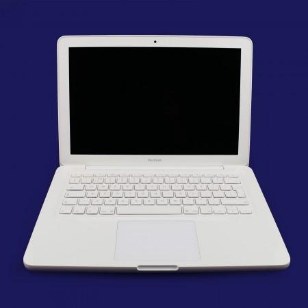 "Apple MacBook unibody 13"" Core 2 Duo 2,4GHz"